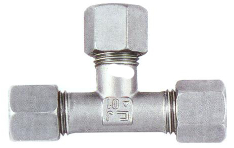 T MIDDLE PIPE FITTING